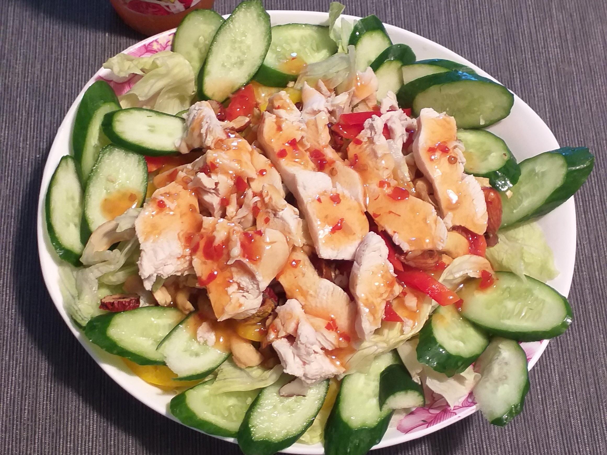 """3分鐘上菜""""泰式雞肉沙拉""""(沙拉升級版)"""