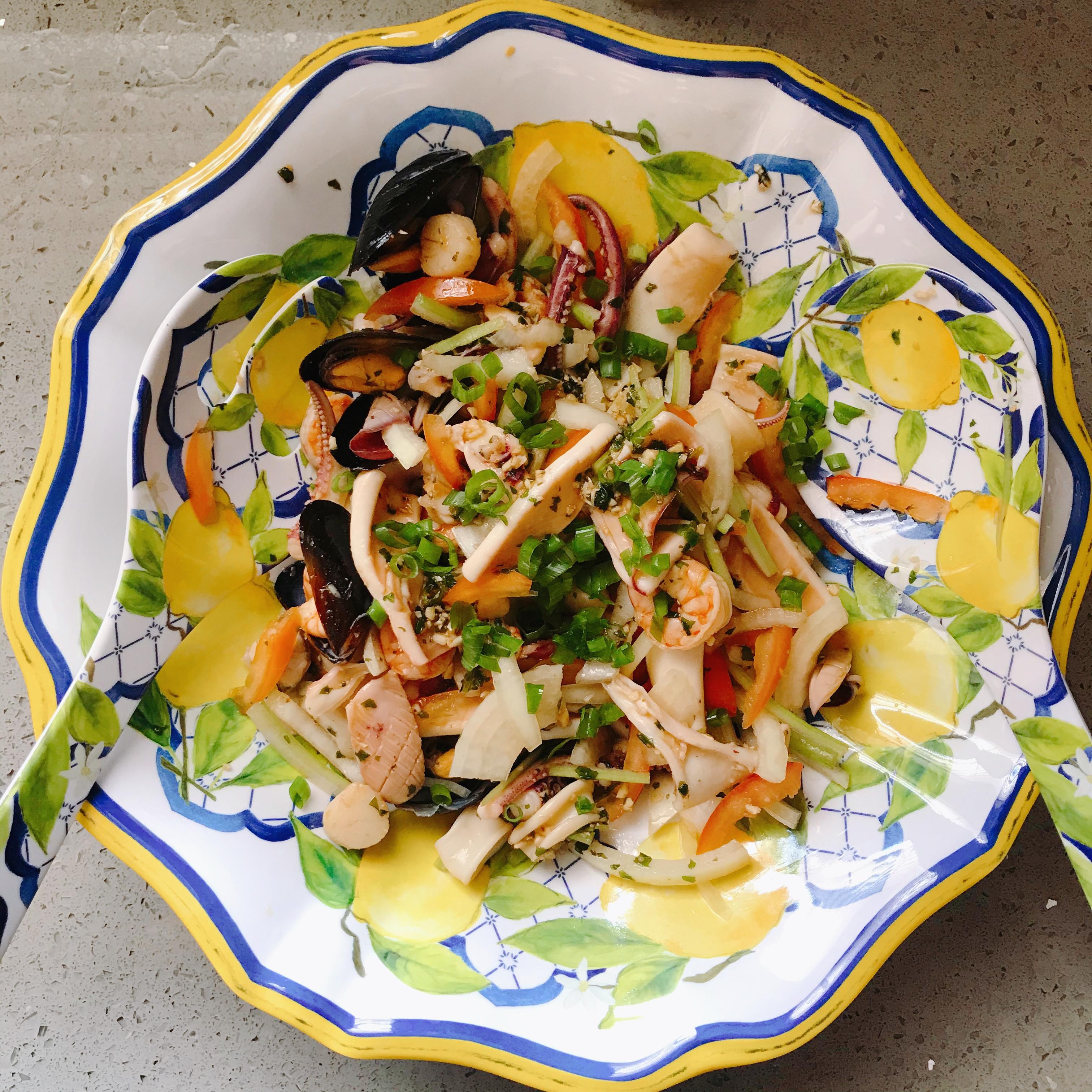 【  家常菜  】泰式涼拌海鮮