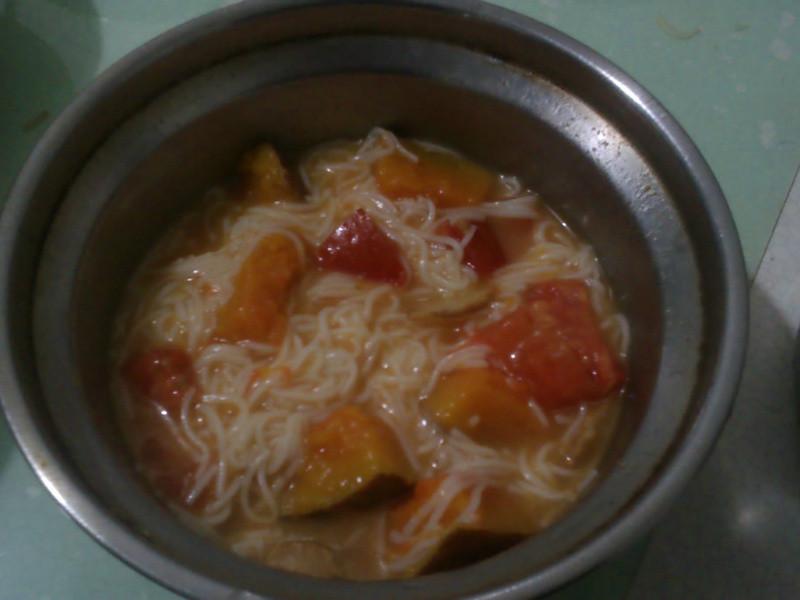 營養滿分~番茄南瓜麵線