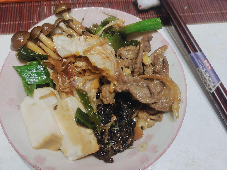 S&B生蒜泥醬~~牛肉菇菇壽喜燒