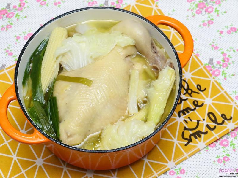 一品砂鍋雞(金華火腿全雞湯)
