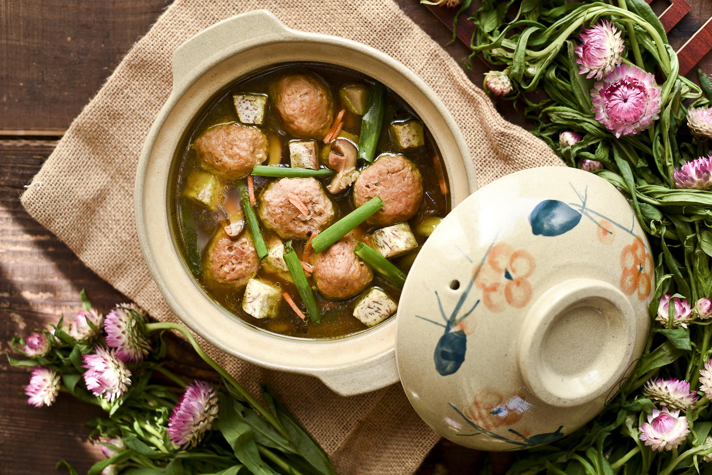 [蔬食]香芋肉丸雙星報喜煲