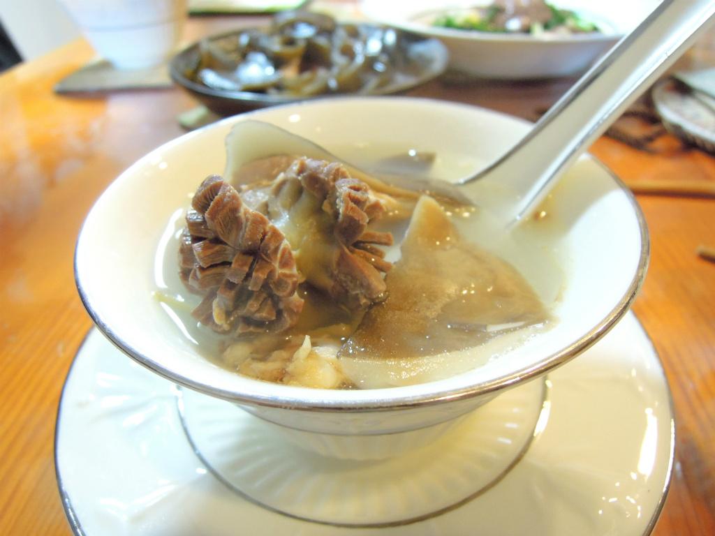 [湯品] 雞胗鮑魚菇湯