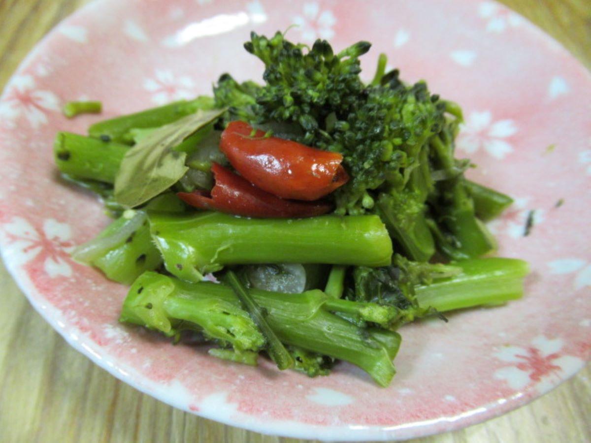 月桂香綠花椰菜棒