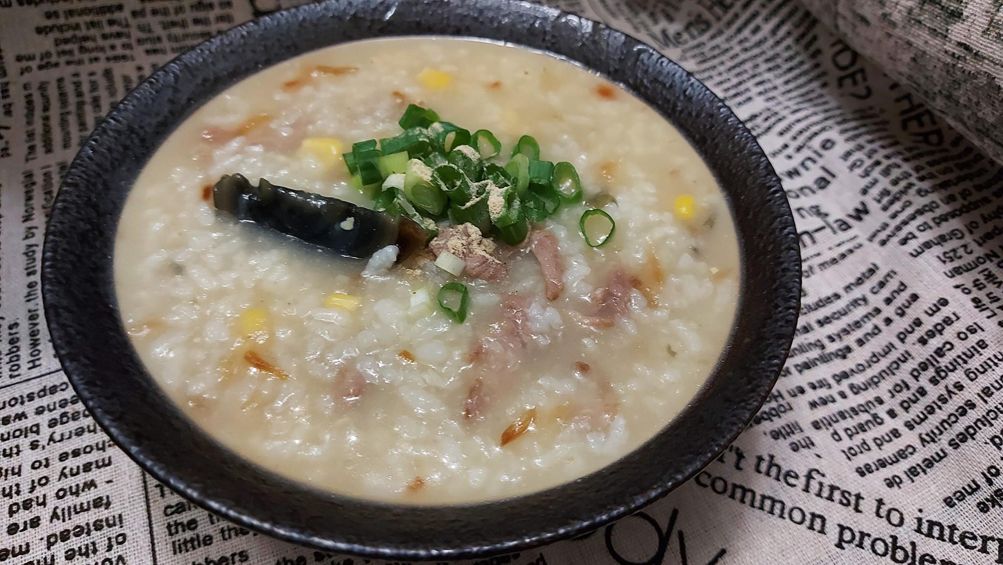 皮蛋瘦肉玉米粥