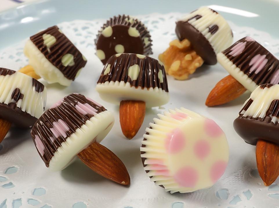 🍄小蘑菇巧克力   只需要3種材料完成