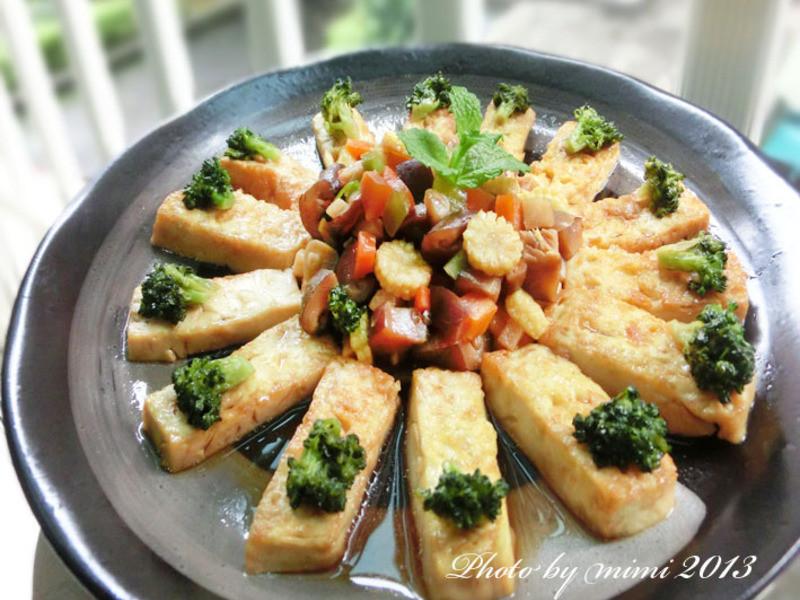 [萬家香大吟釀薄鹽醬油]羅漢豆腐