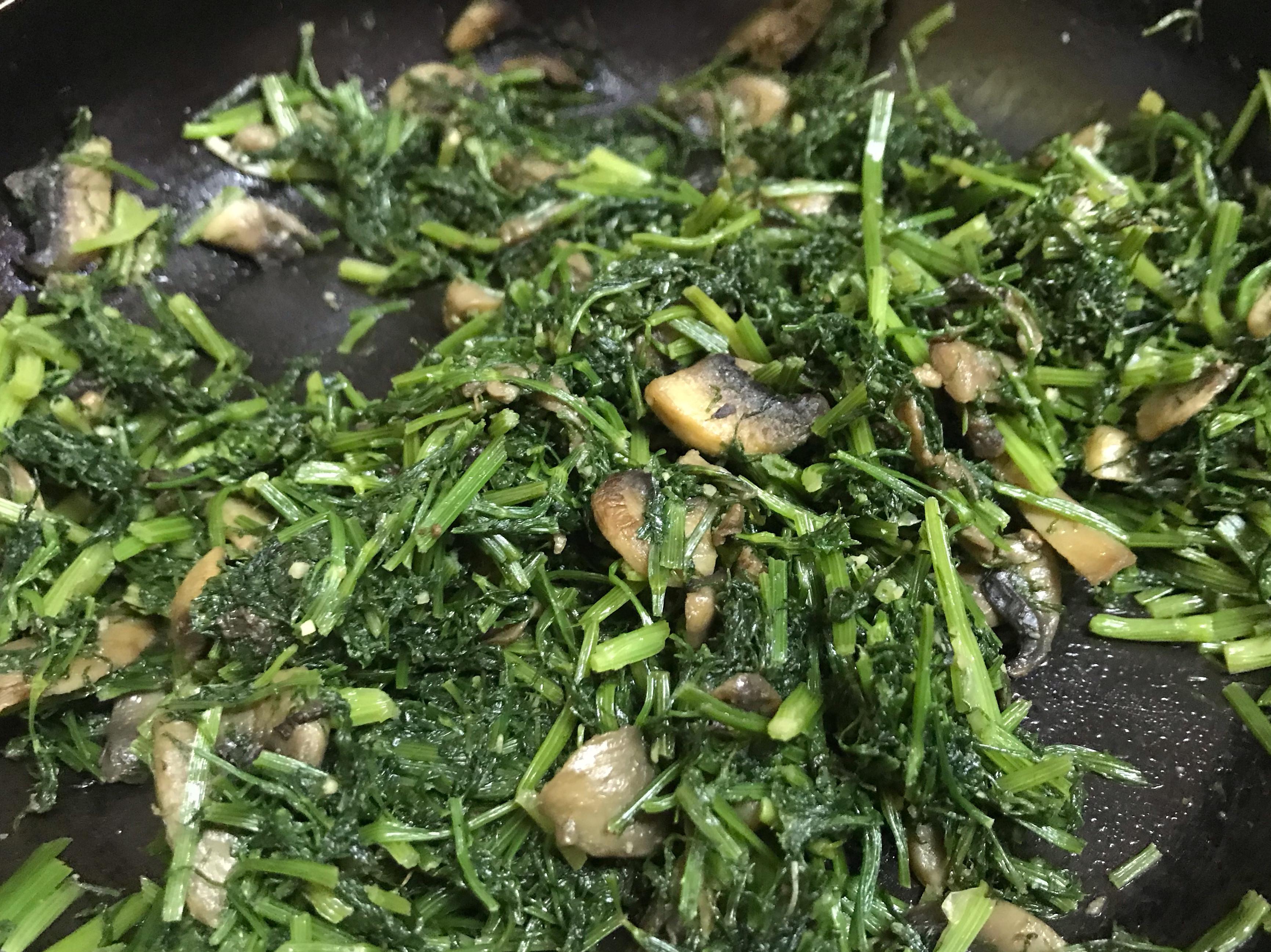 蒜香蘑菇炒茴香