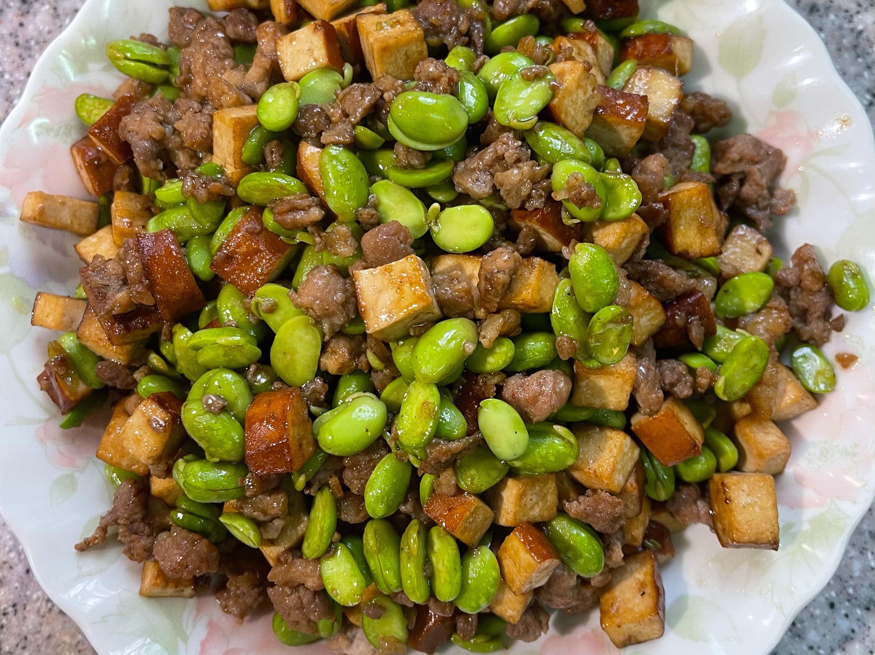 豬絞肉炒五香豆乾&毛豆