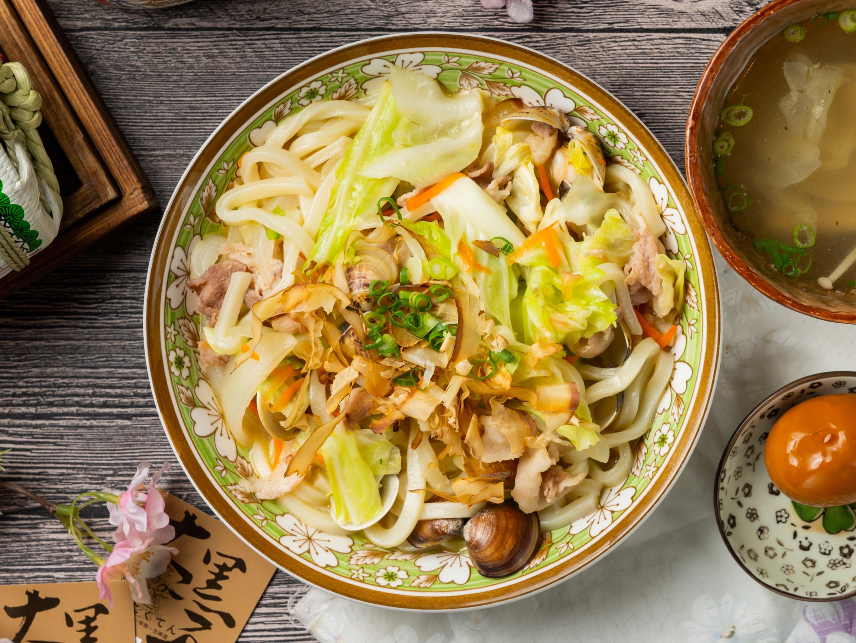 日式炒烏龍(簡單做料理)