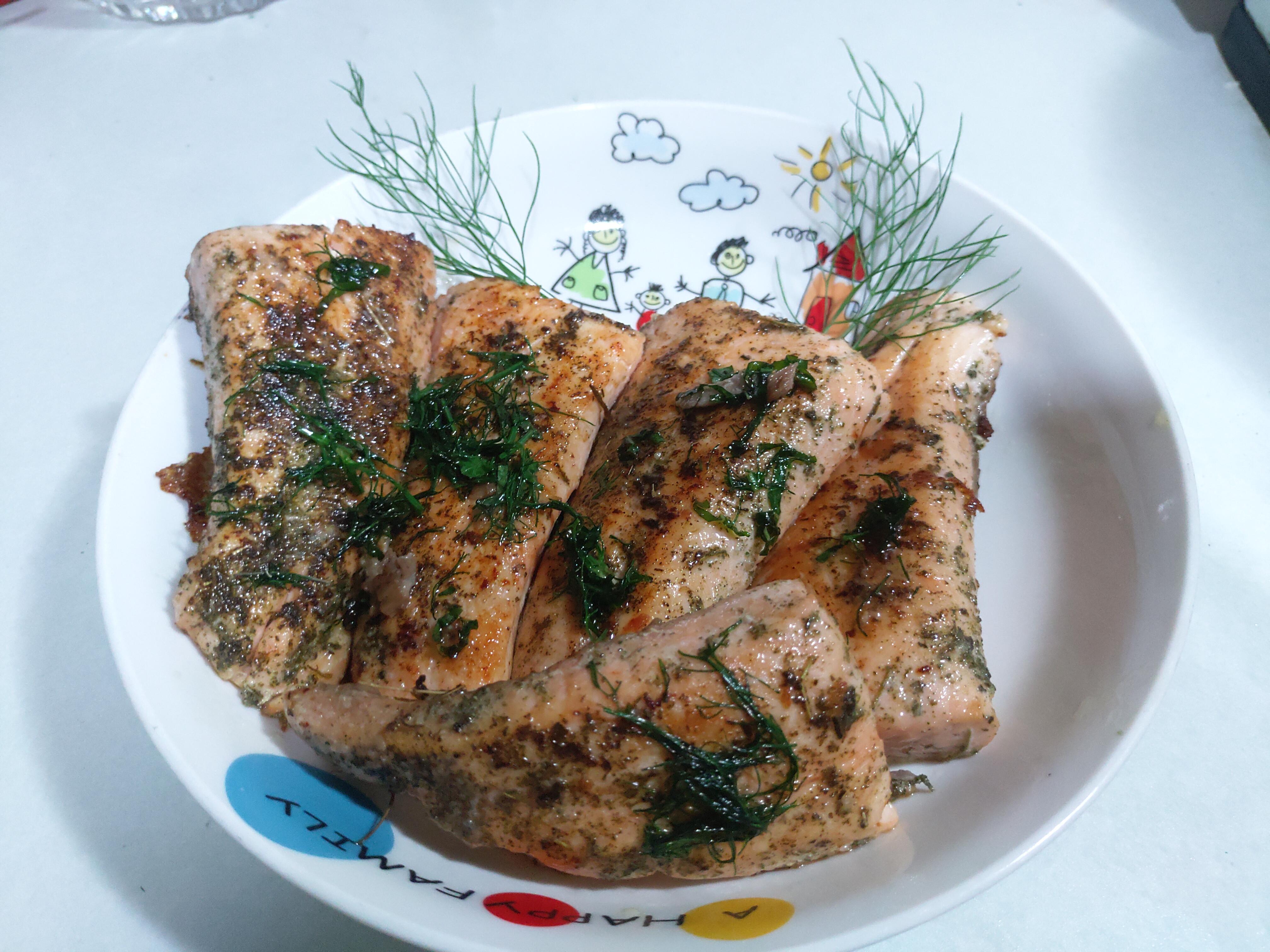 義式香煎鮭魚排