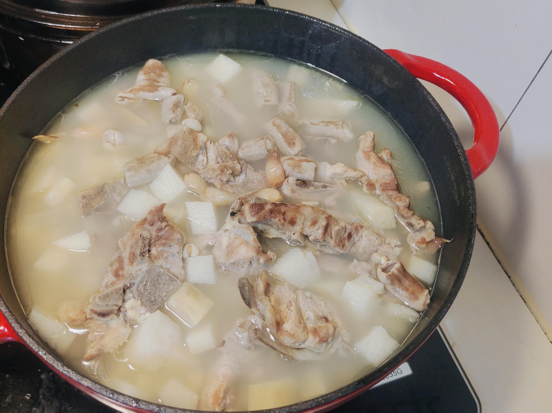 黃耆豬腸排骨山藥湯
