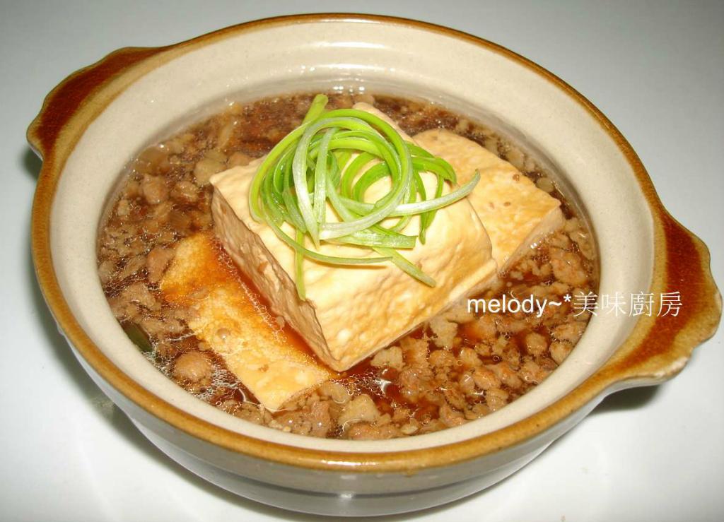 肉燥豆腐滷