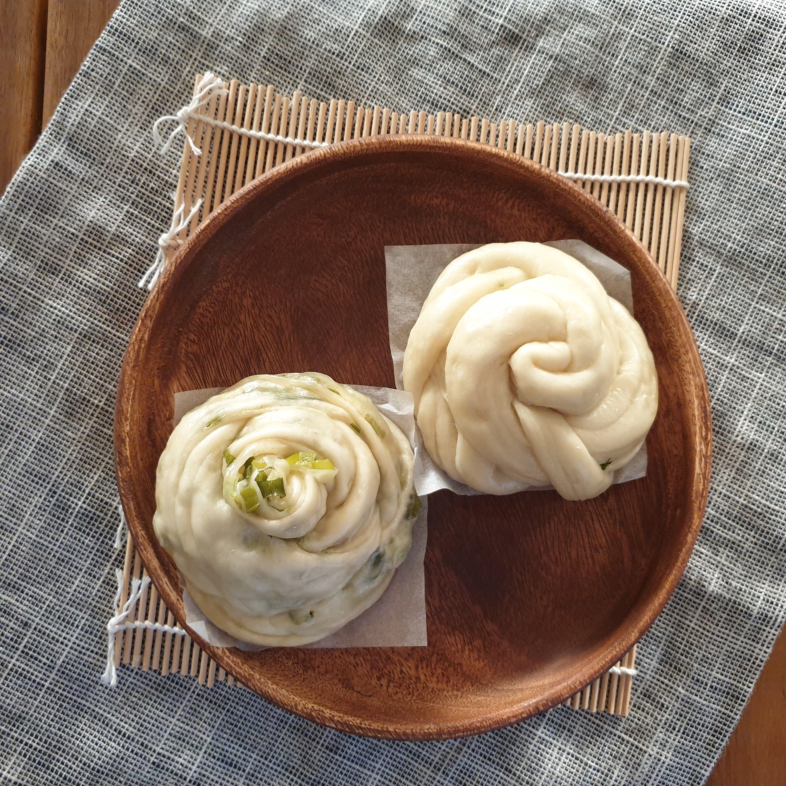 [🍱電鍋料理] 玫瑰蔥花卷 / 白饅頭