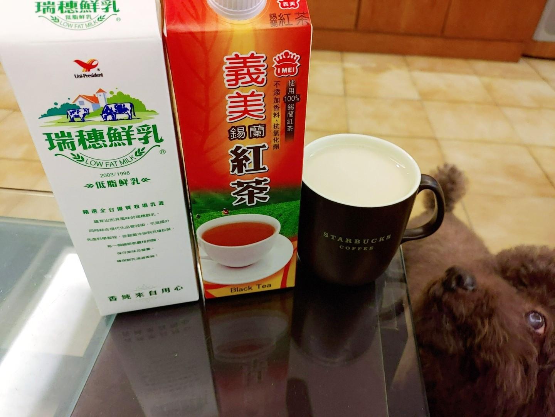 【自製減糖版】快速溫熱鮮奶茶☕