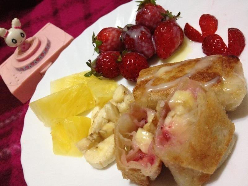 《草莓就愛鷹牌煉奶》香酥鳳莓派♥