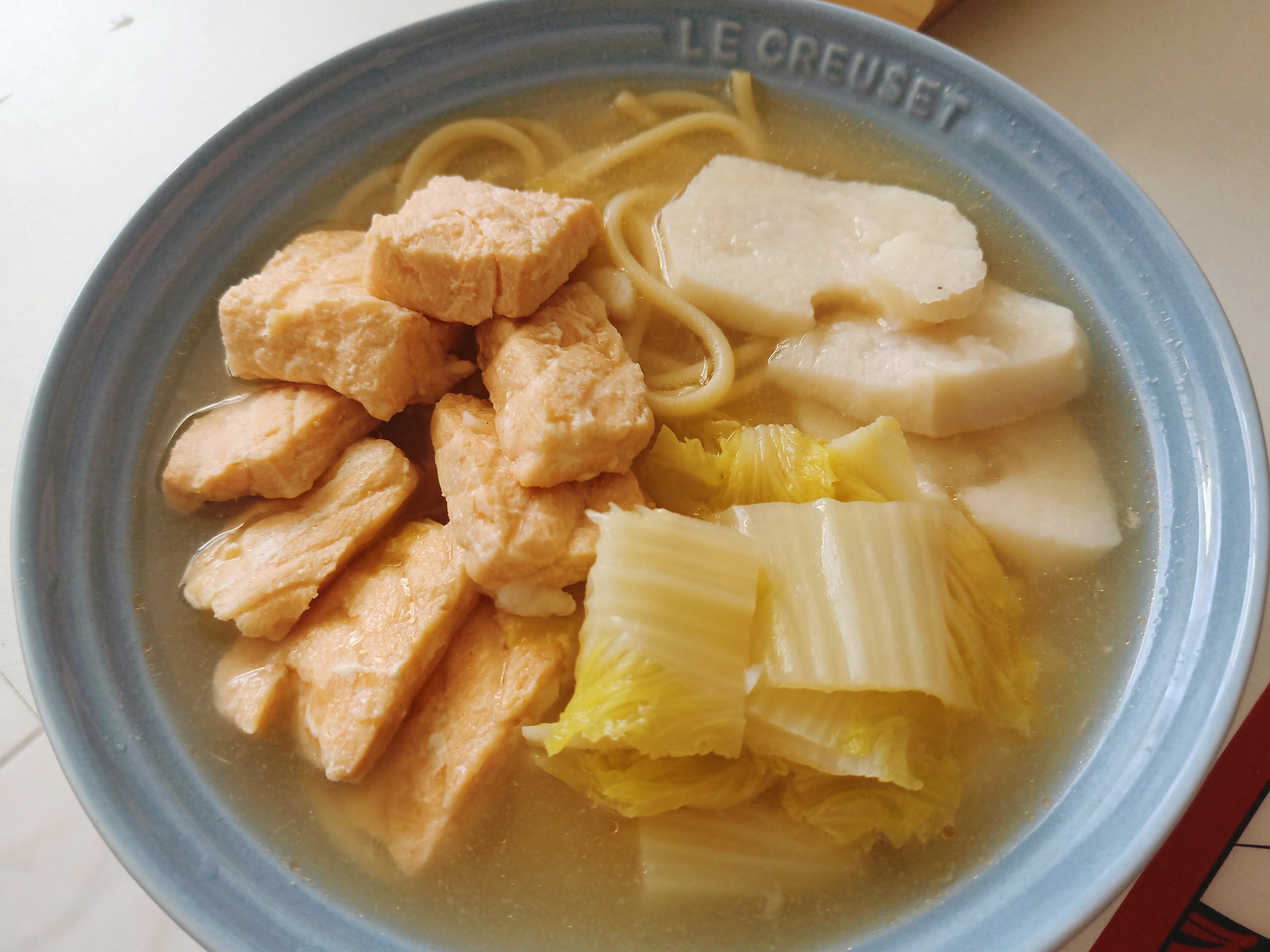 高蛋白低脂餐~鮭魚白菜山藥義大利湯麵