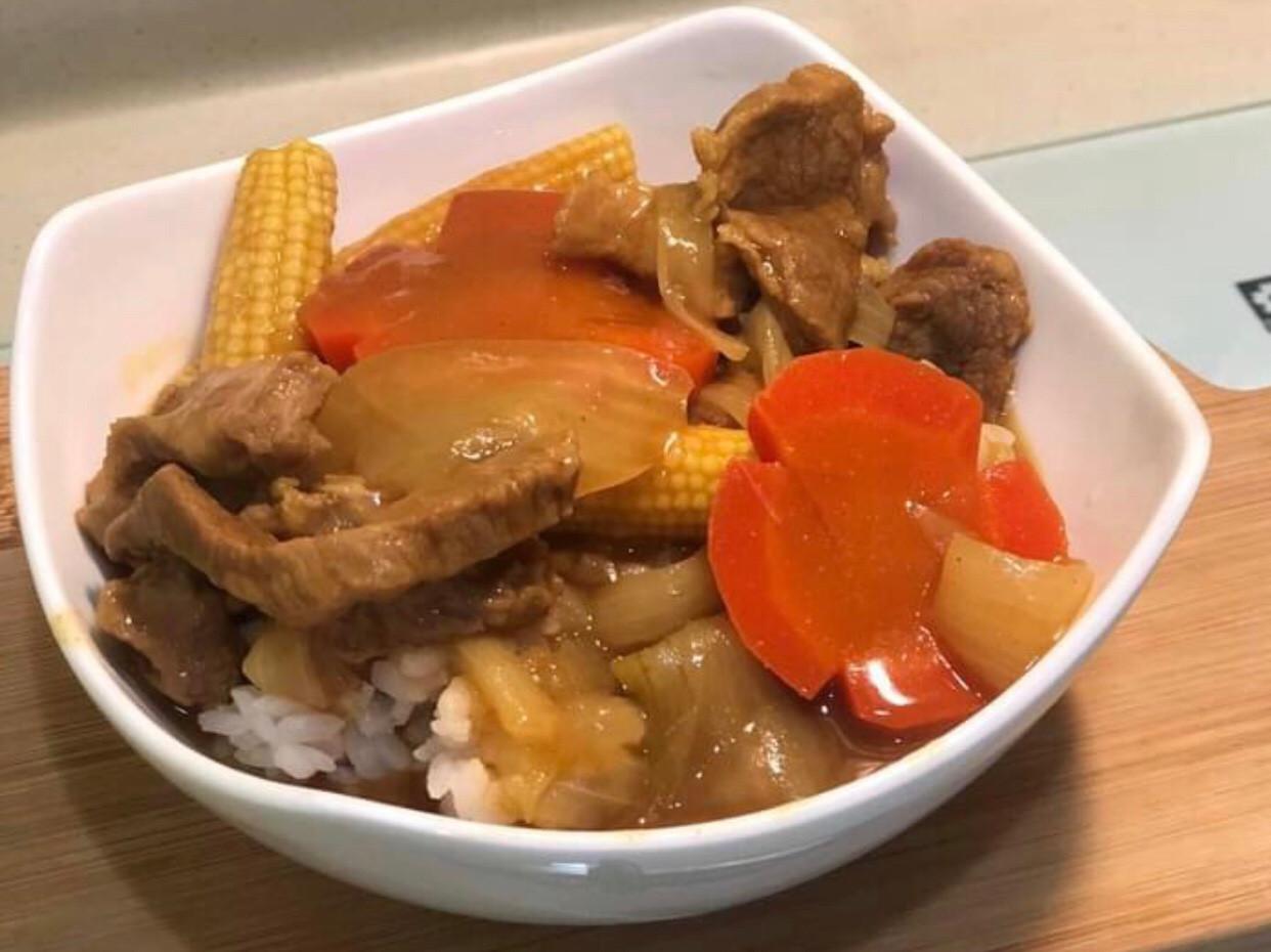 香濃肉嫩咖哩飯💕