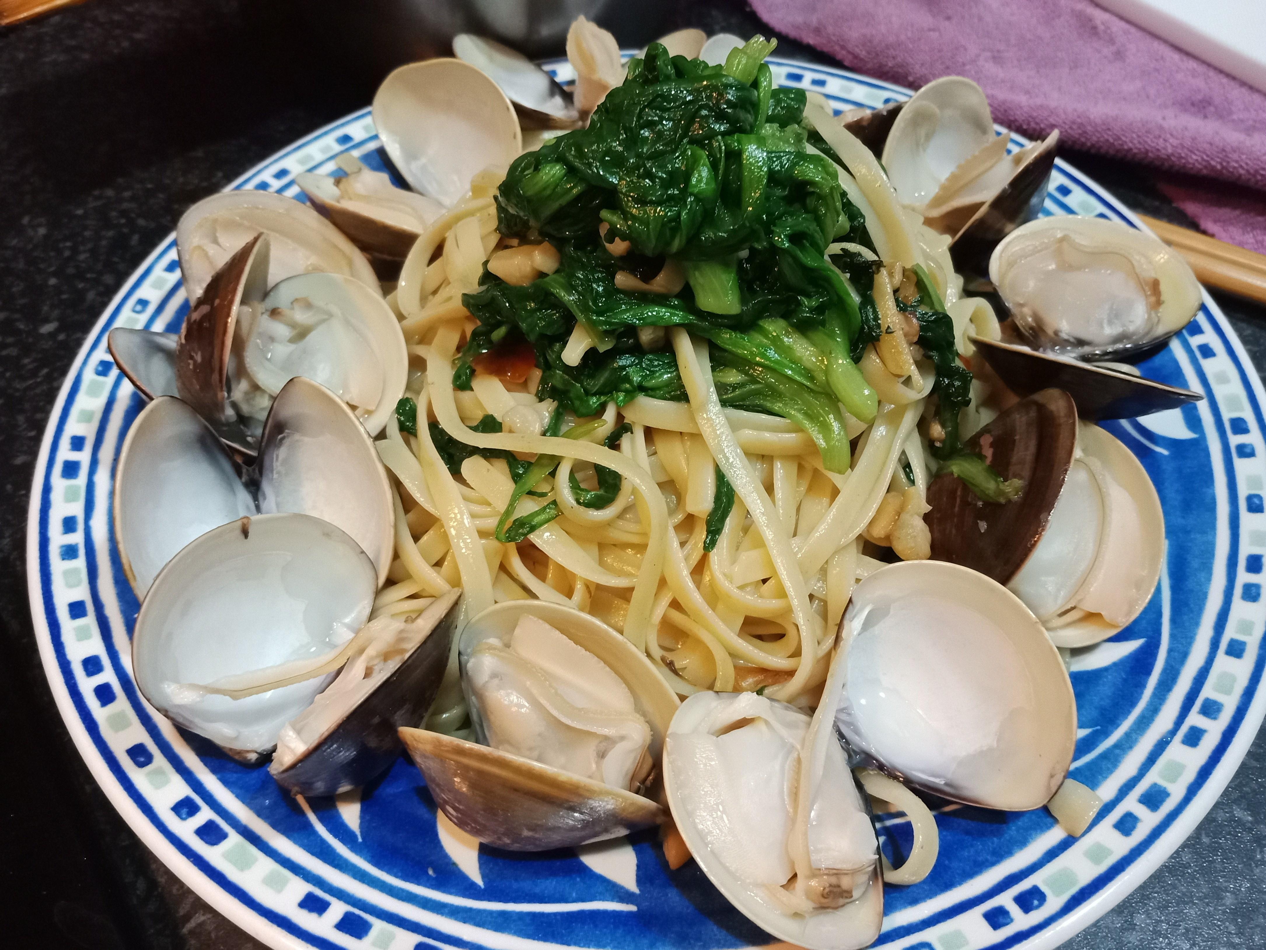 【緊張的】簡單米酒蛤蜊義大利麵