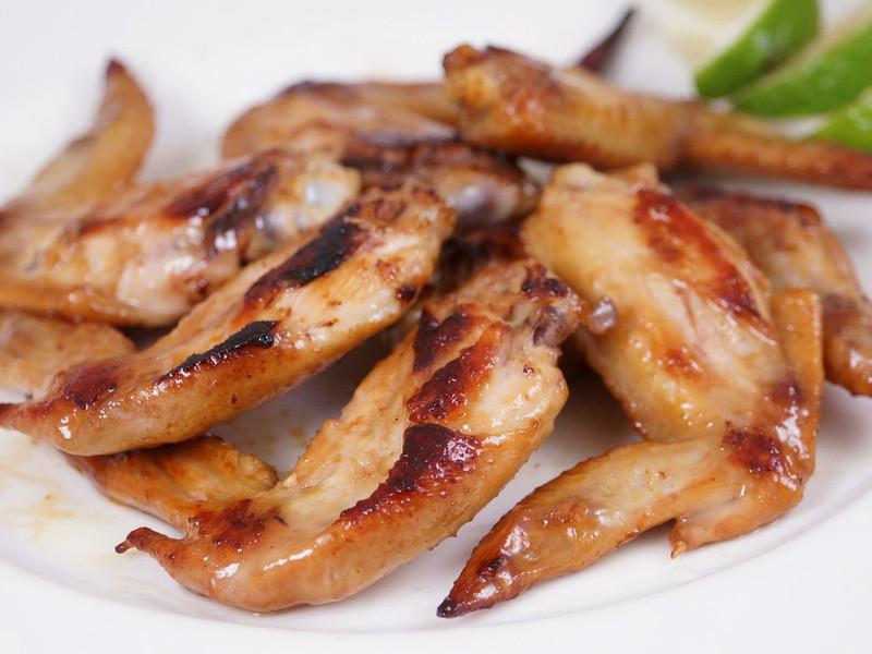 【哇菜影音食譜】香煎雞翅