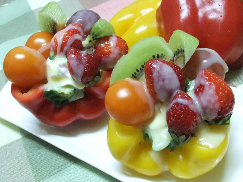 《草莓就愛鷹牌煉奶》乳香彩虹蔬果
