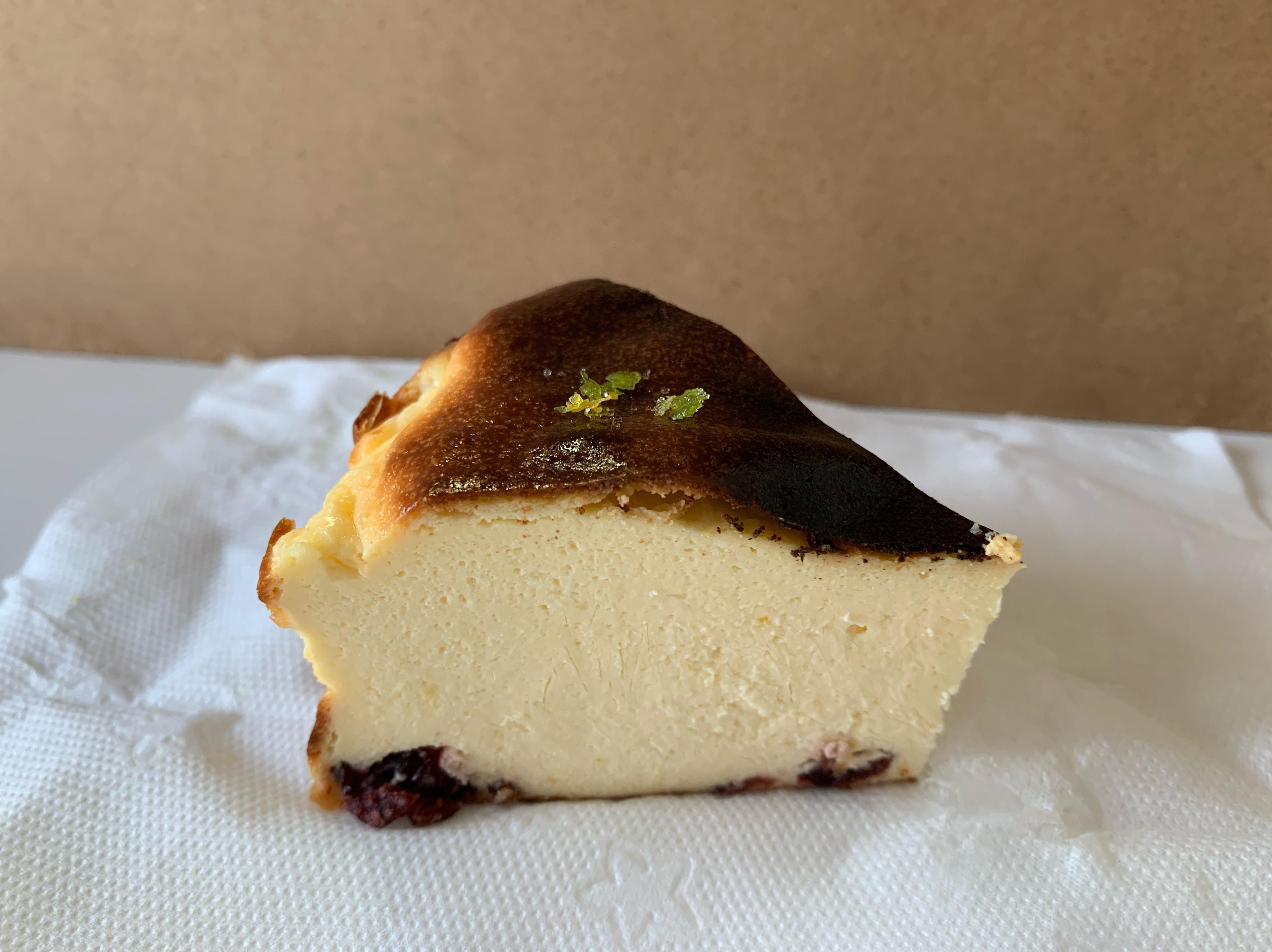 《減糖系列》檸香巴斯克乳酪蛋糕