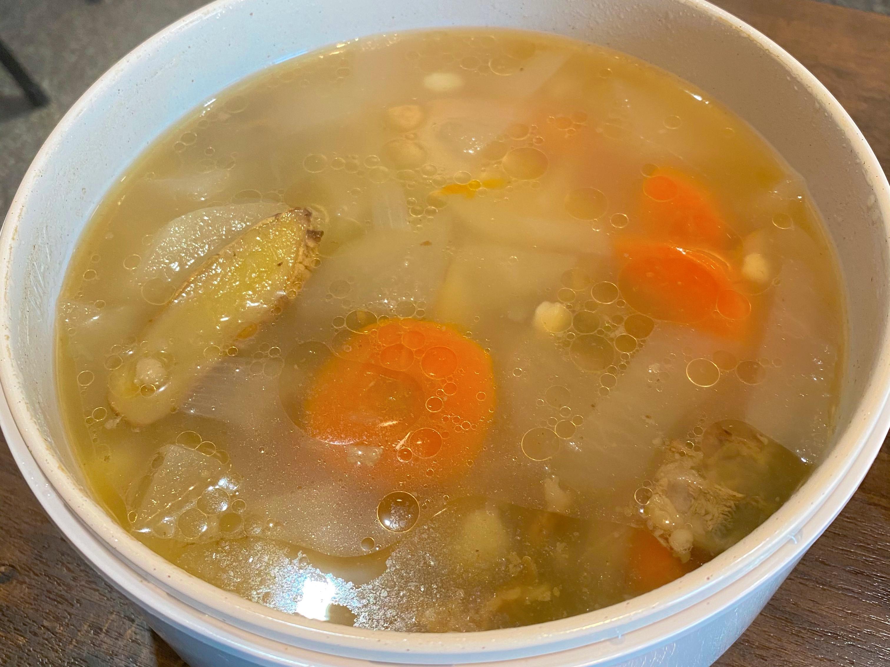 清燉蘿蔔牛肋湯