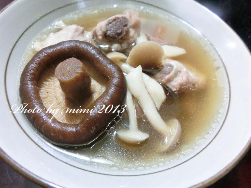 養生蒜頭排骨湯