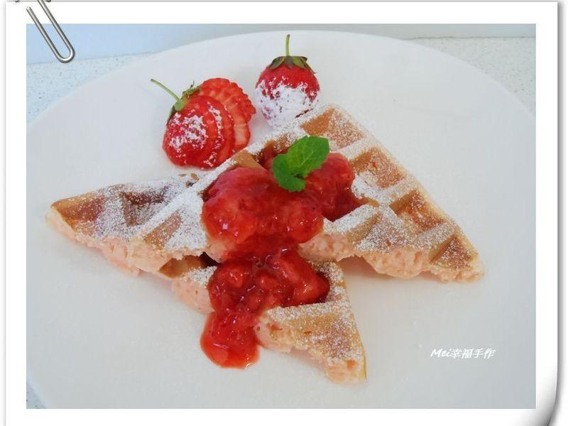 【草莓味の鬆餅佐草莓果醬】