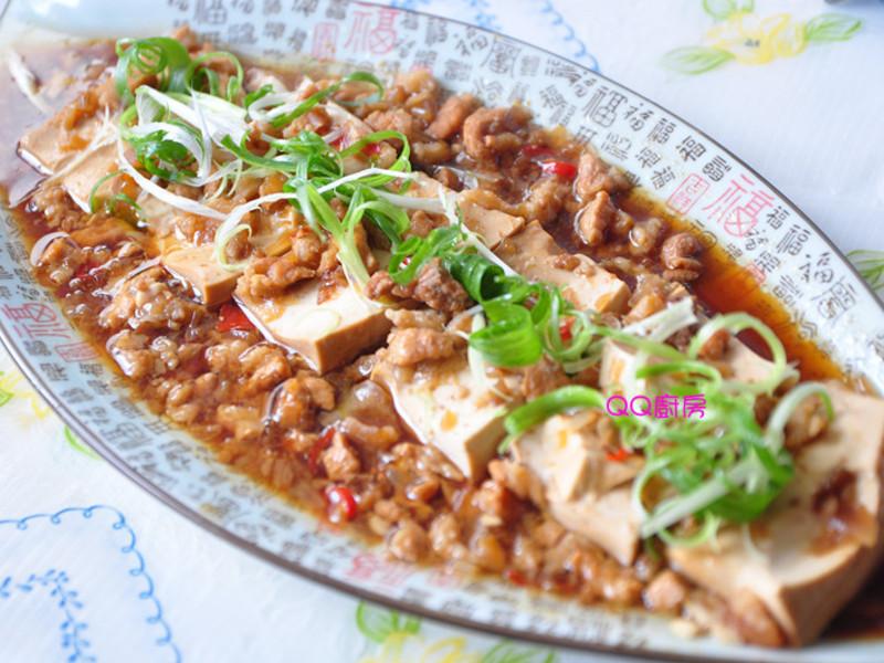 【萬家香大吟釀薄鹽醬油】酒香吟釀肉末燉豆腐
