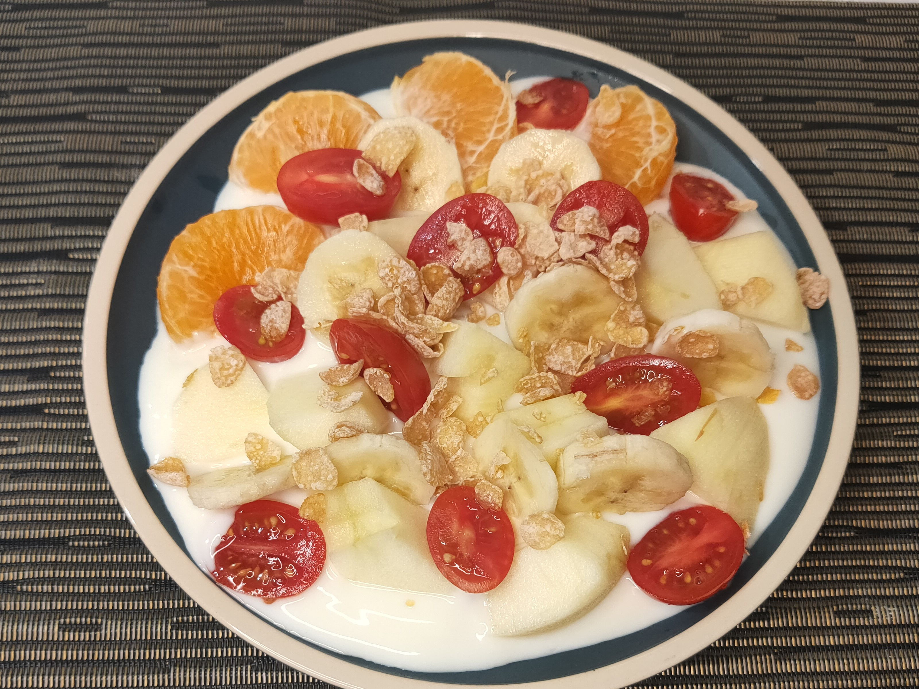 簡單的水果優酪餐