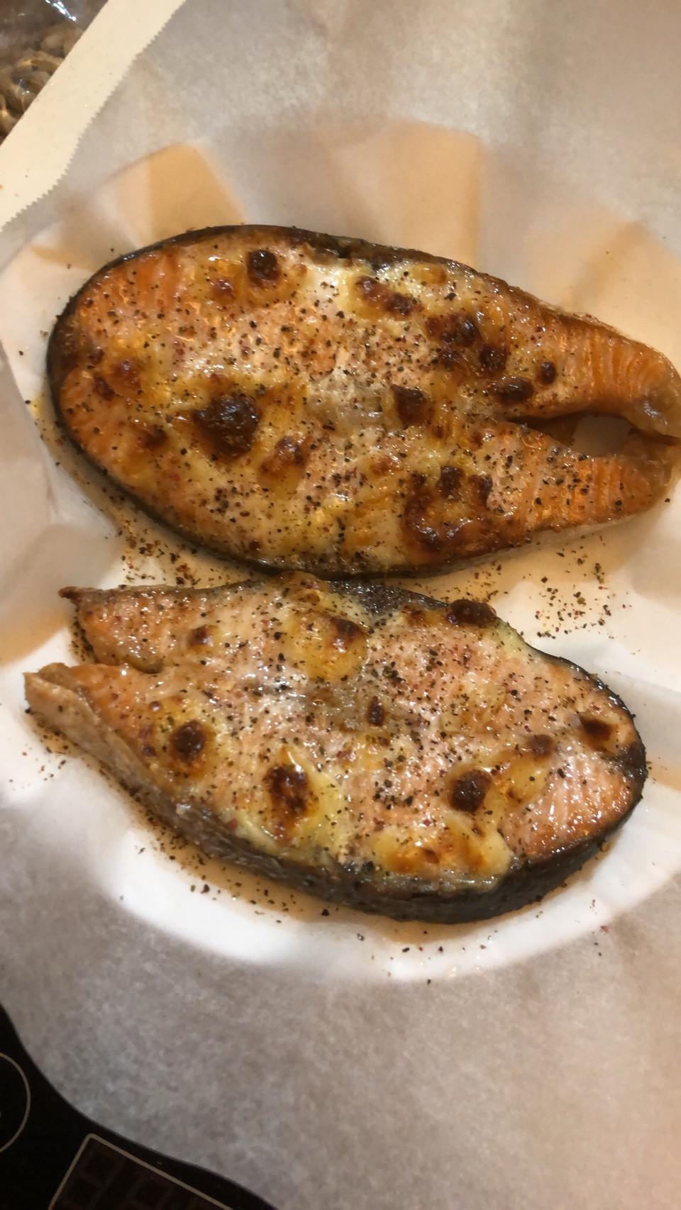 起司鮭魚😀飛利浦氣炸鍋