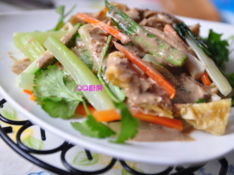 【健康廚房 黃金大廚10分鐘出年菜】奶香芝麻燴鮮蔬