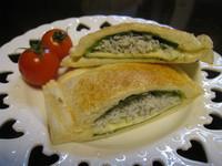【Take a bread!創意三明治、麵包早餐】起司吻仔魚三明治