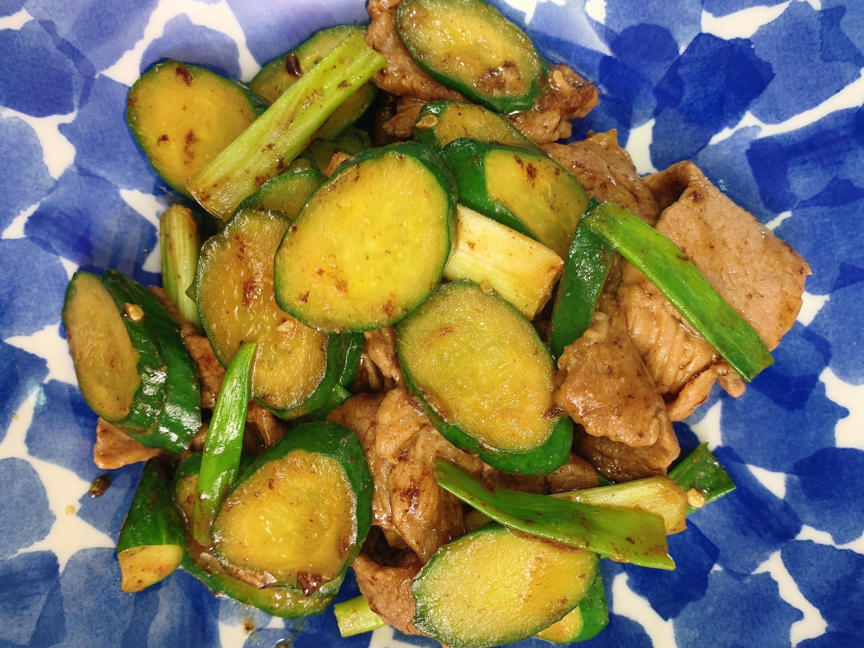 お弁当-210309-小黃瓜炒肉片