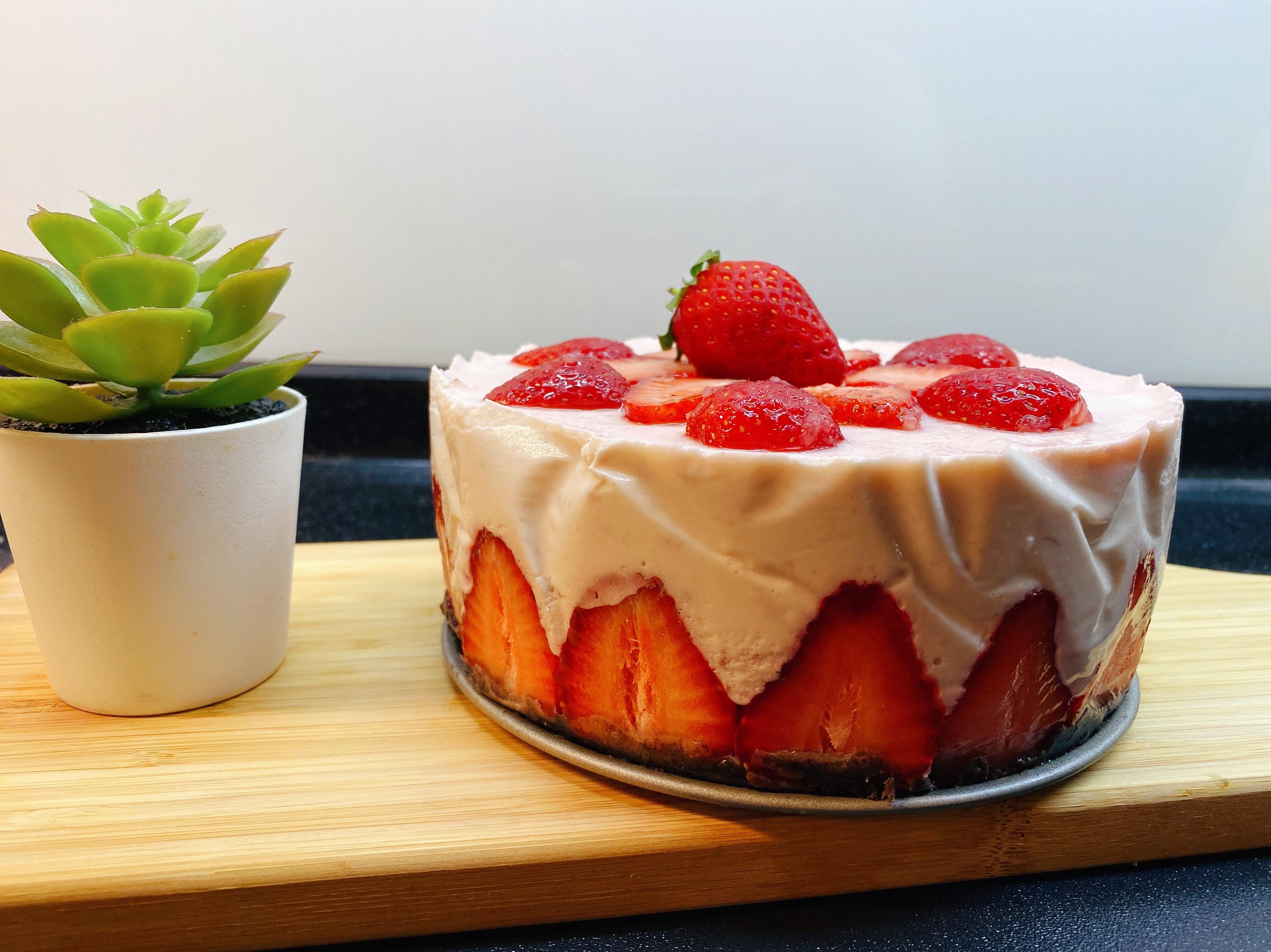 草莓濃郁生乳酪蛋糕|免烤|新手沒問題