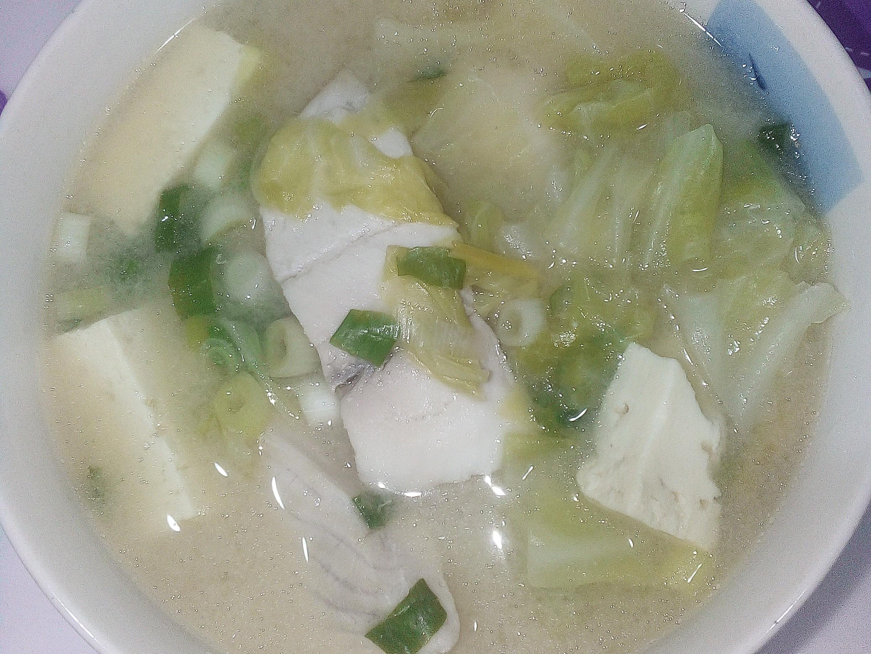 雕魚豆腐味噌湯