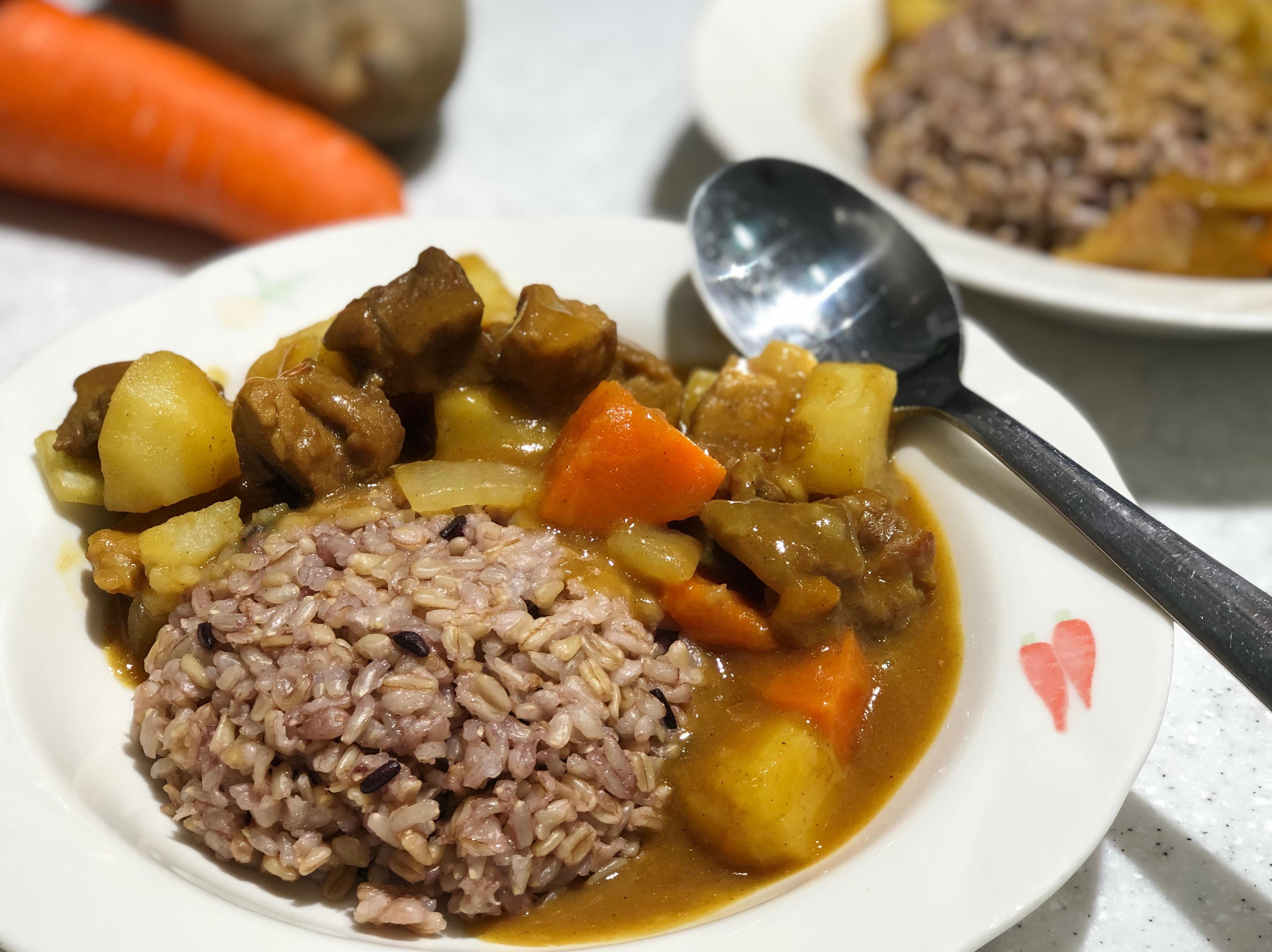 豬肉蔬菜咖哩/好侍爪哇咖哩