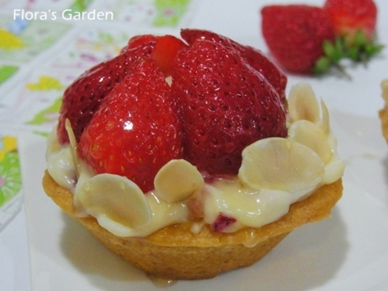"""《草莓就愛鷹牌煉奶》電子鍋做""""草莓杏仁塔"""""""