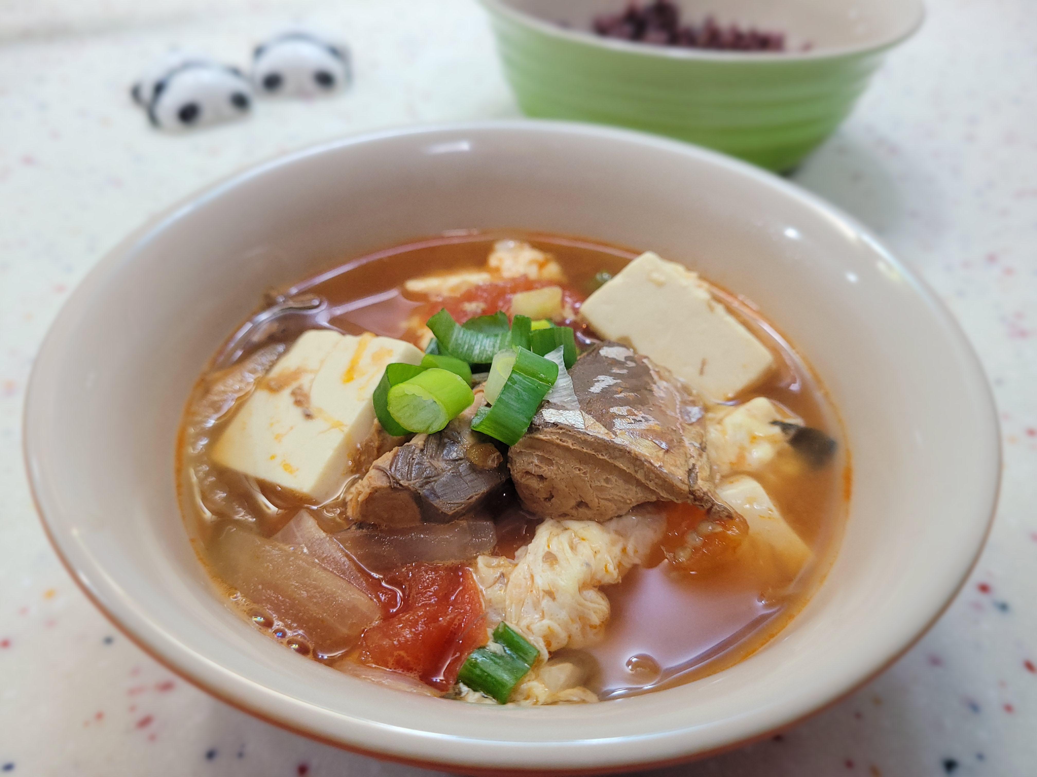 【極簡】蕃茄鯖魚豆腐湯 @茄汁鯖魚罐頭