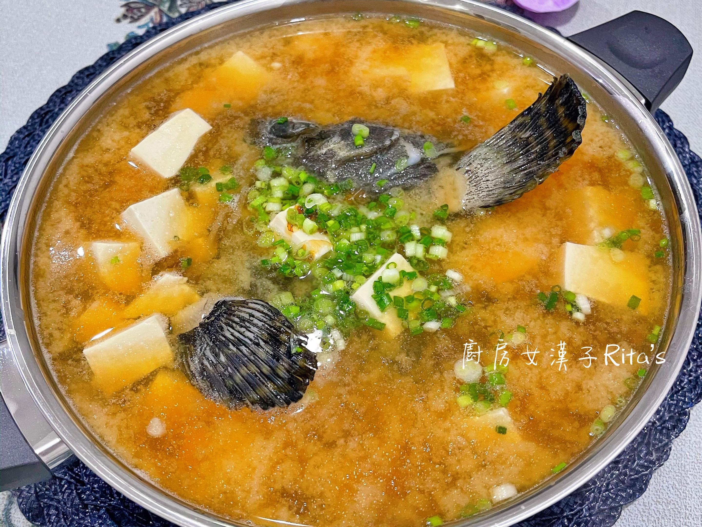 石斑魚頭豆腐味噌湯