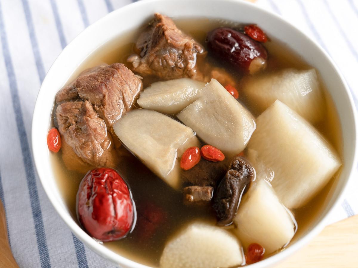 老菜脯山藥牛蒡排骨湯