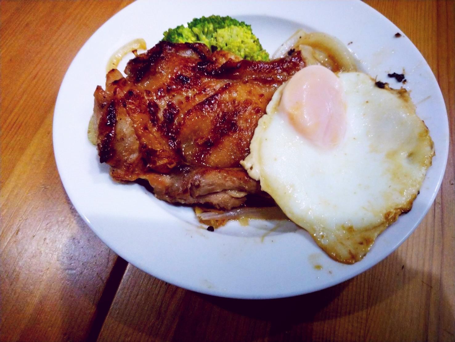 醬燒薑汁雞腿排餐