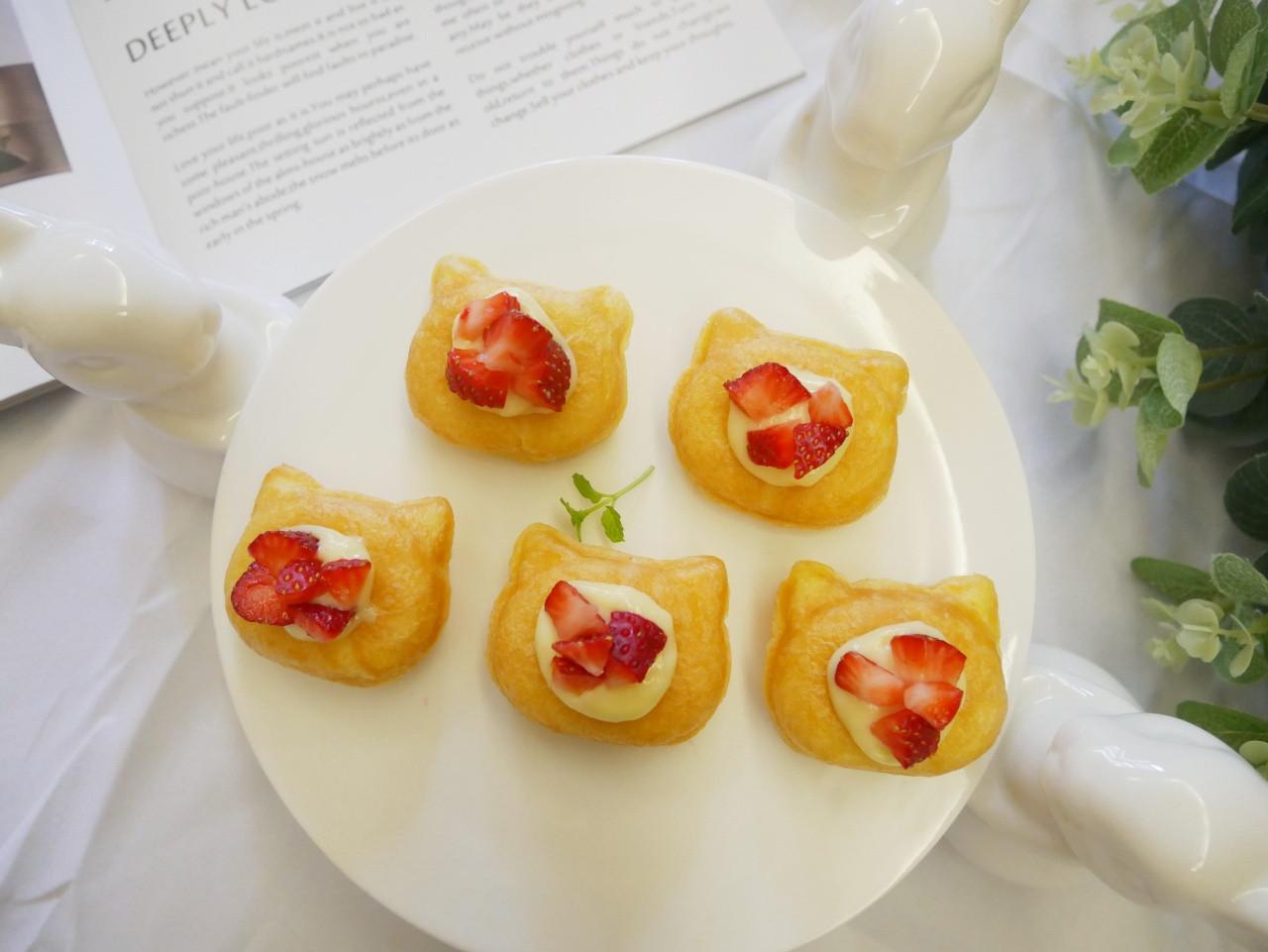 鬆餅機「草莓卡士達泡芙」小貓造型好可愛~