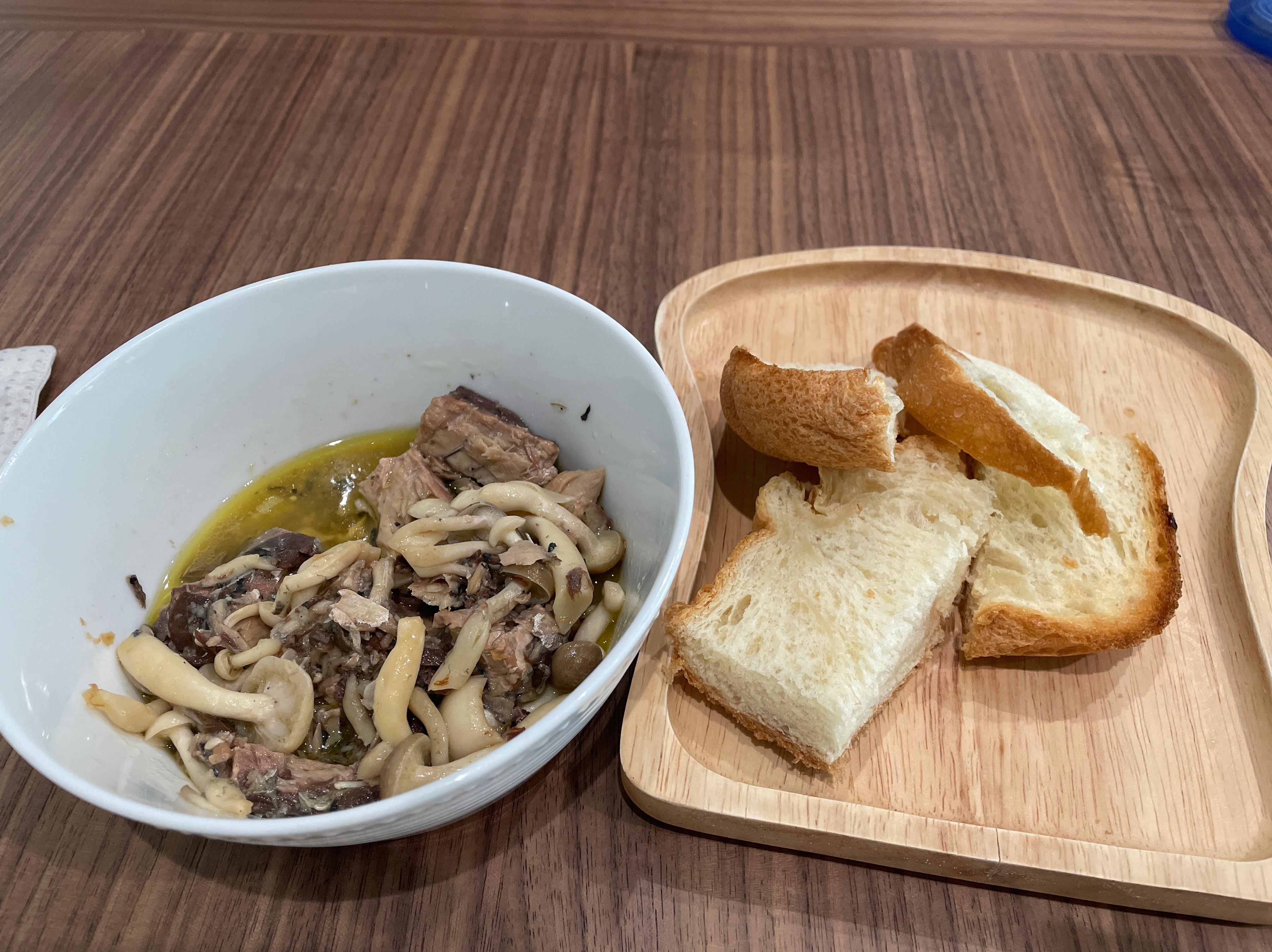 簡單快速橄欖油佐鯖魚,五分鐘上菜!