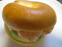 酪梨鮮蝦貝果 『Take a bread!創意三明治、麵包早餐』