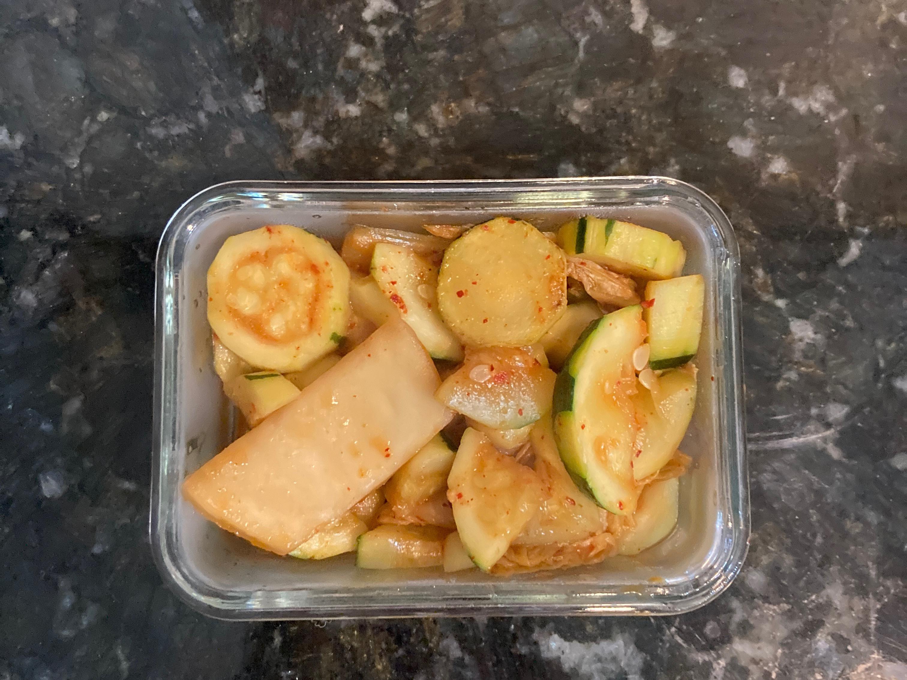 泡菜炒櫛瓜