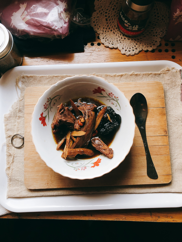 「鮮甜暖活」行氣補血的四物湯養身羊肉爐