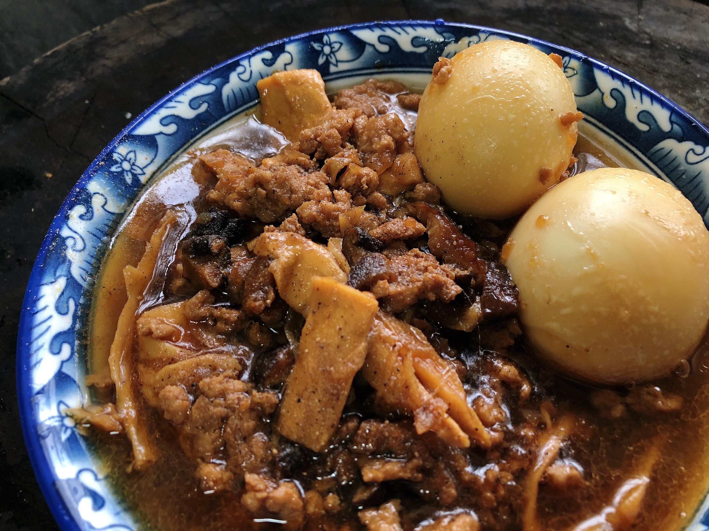 超下飯:油蔥肉燥/香菇筍乾油蔥肉燥/滷蛋