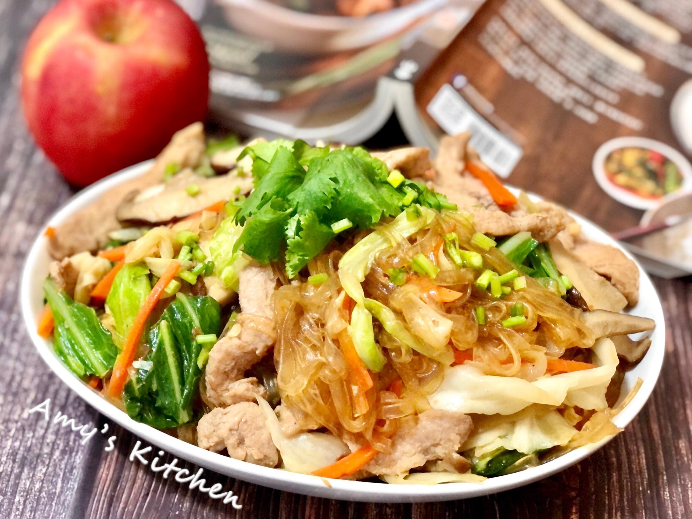 高麗菜炒寬冬粉  (高麗菜保鮮分享)
